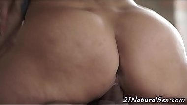 Adorable eurobabe cockriding and gets spooned