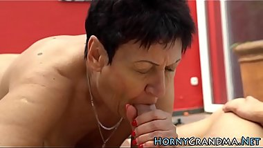 Old lady fucked pool side