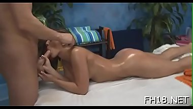 Babe with a ideal ass screwed by massage therapist