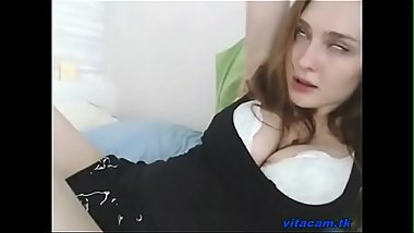 Beautiful Camgirl Cums Many Times