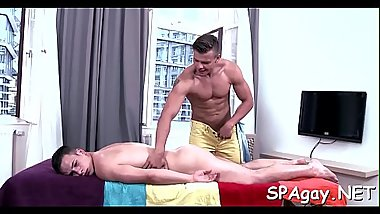 Cute twink gets a lusty massage from impressive gay man