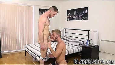 Homosexual jock anally hammered by hairy muscular lover