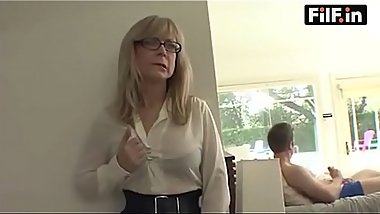 Mom caught son'_s friend masturbating - FREE Mom Videos at FilF.in