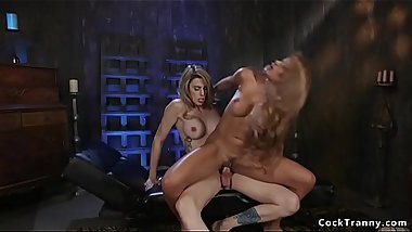 Toned huge tits blonde rides trannys cock