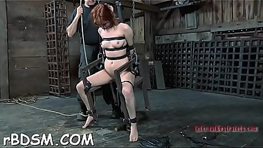 Masked cutie gets her love muffins bounded hard with toy drilling