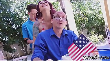 Mature milf seduces first time Awesome 4th Of July Threesome
