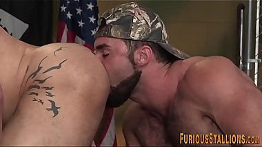 Gay hunk getting cumshot