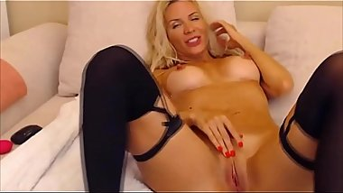 Sensual blonde mom Luan with sexy body and long nipples