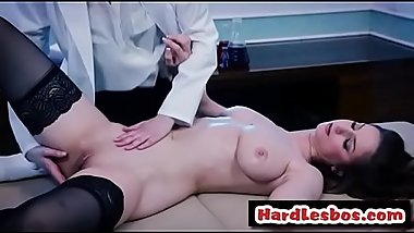 She Got A Erotic Massage - Bree Daniels &amp_ Stella Cox