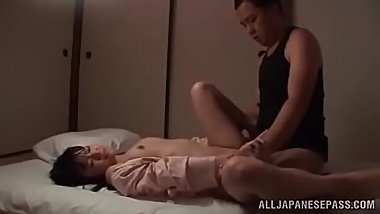 Asian Japanese Teen Gets Her Shaved Pussy Fucked And Creampied full:dqvideo.blog.fc2blog.us