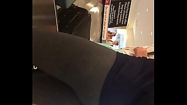 Culote en el aeropuerto big ass
